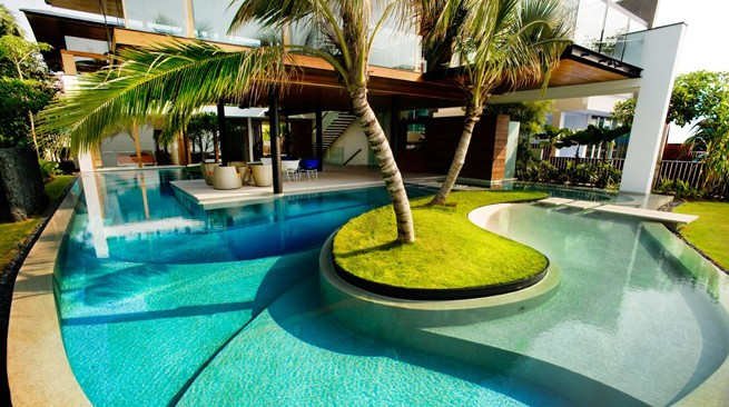 C mo calentar el agua de una piscina sistemas opciones etc for Calentar agua piscina
